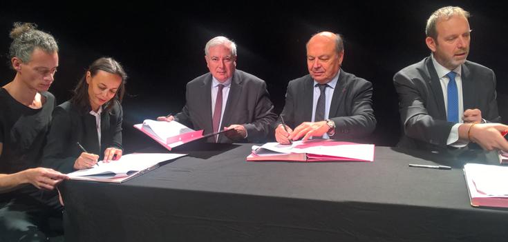 Signature première Convention de soutien transfrontalière compagnie de danse 7273